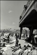 102_Pier-Pervs-photogs-HB-bikini